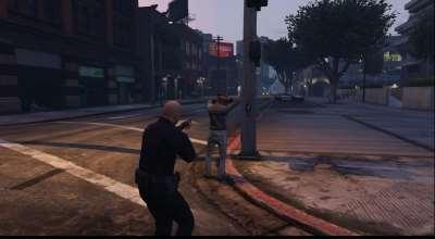 GTA 5 — Арестуй прохожего (Arrest Peds V (Police mech / cuffs)) | GTA 5 моды